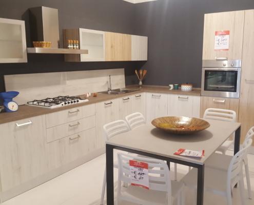 Cucina ad angolo (art.100) - Outlet mobili e arredamento a Vicenza ...