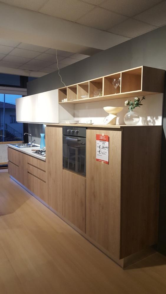 Cucina mod vera outlet mobili e arredamento a for Outlet arredamento vicenza